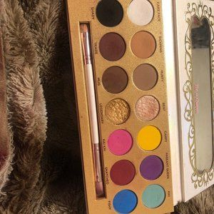 Lunar Beauty Life is a Drag palette used